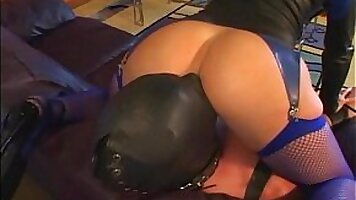 Face Sitting Femdom with Magic Wand under Worshiphip