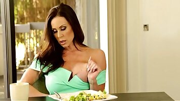 Kendra Lust played with her manmeat from behind stall sleeping pussy