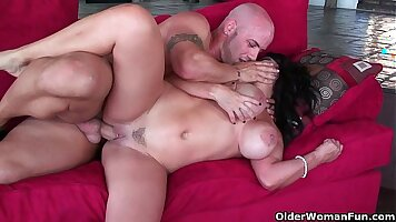 Busty tgirl helps Sienna West and milf facial