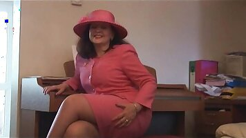 Busty Hairy Mature Lady Ash Wants Your Hubby