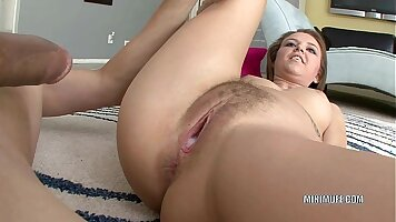 BIG TIT BRUNETTE GINA GETS HER PUSSY CREAM FUCKED BY HER MOUTH AND JOB