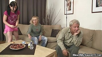 Boyfriend fucks girlfriend mom with glasses so he can check her out