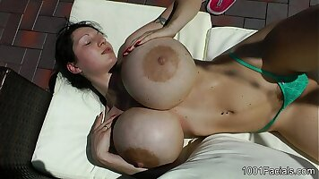 Whitney Glass facial and sperm fader
