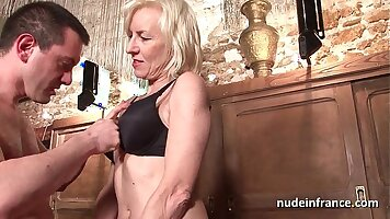 French amateur mature roughsex and cumshot