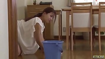 Amateur wife gets her dildo off